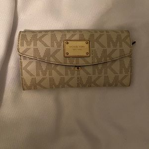 Michael Kors women's wallet